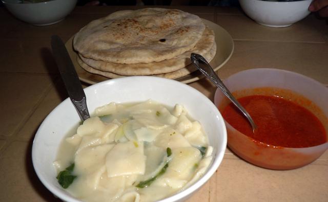 おいしいチベタン料理