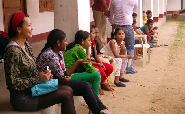 インド、プリーにあるサンタナの学校を見学